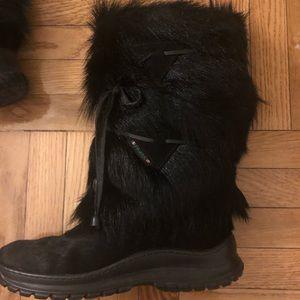 Pajar goat fur boots